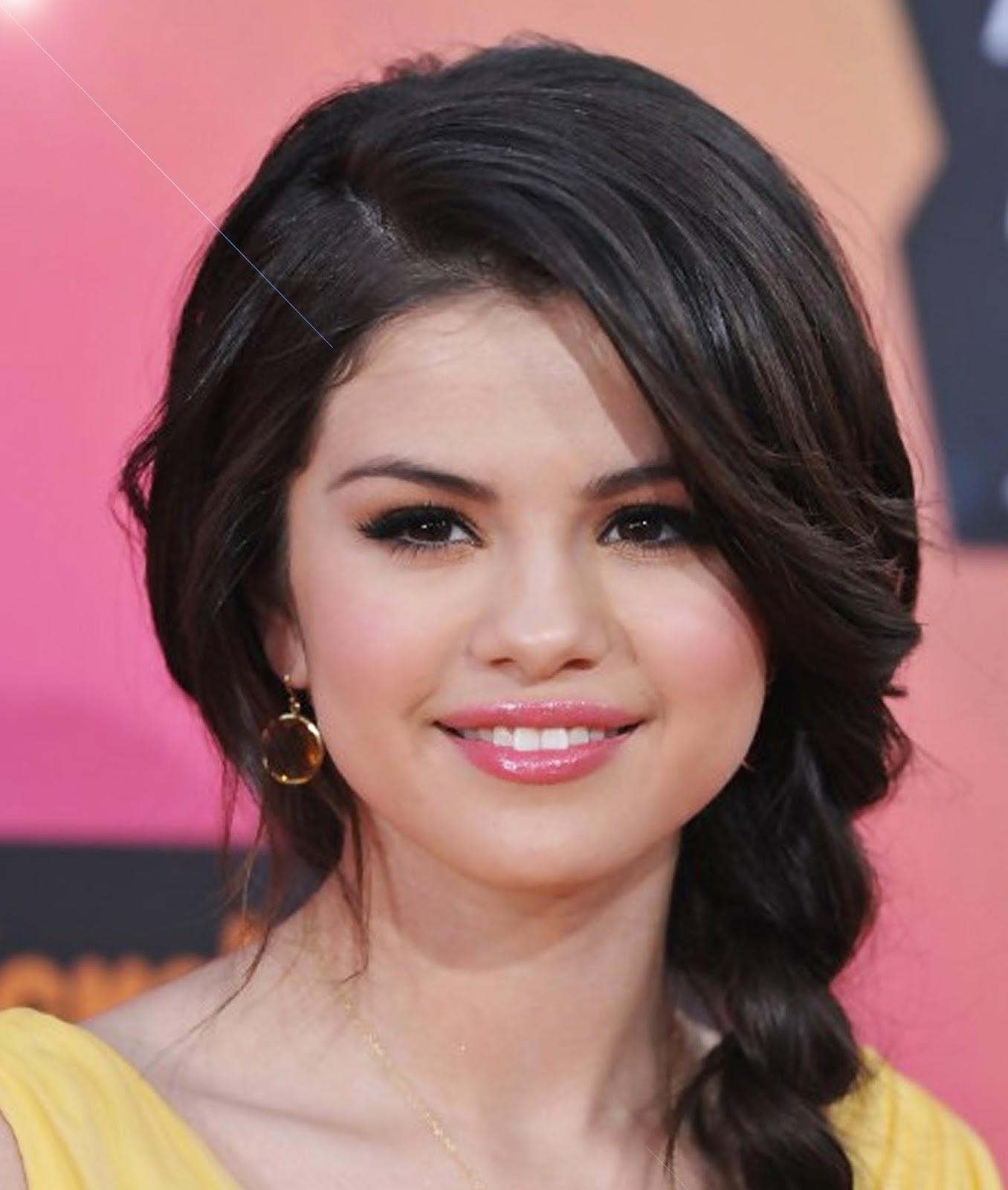 Selena Gomez Hairstyles Inspriration Hairstyles Spot