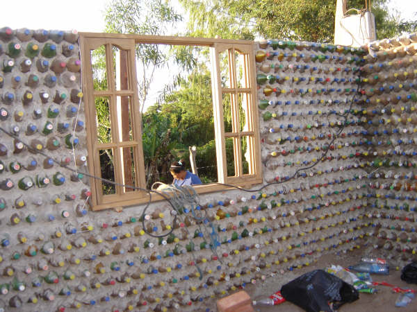 Club emprendedores ups casas ecol gicas emprendeverde - Construir una casa ecologica ...