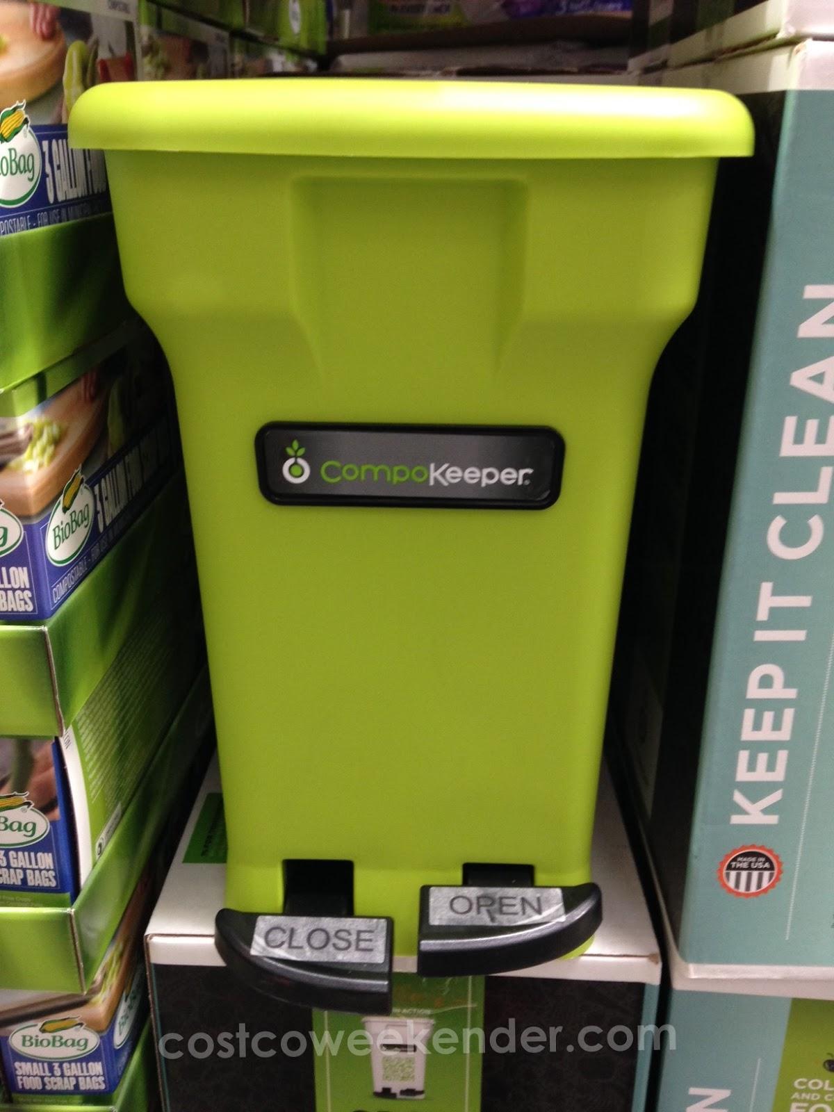 put away food scraps in the keep in clean compokeeper food waste bin