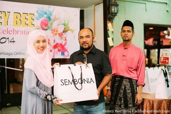 Efah Mustaffa menang Grand Prize dan beg Sembonia