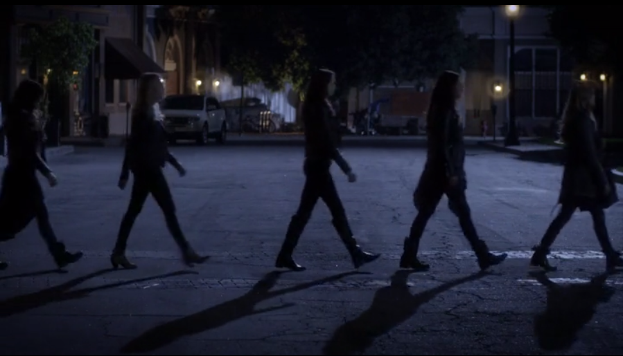 Pretty Little Liars Whirly Girlie