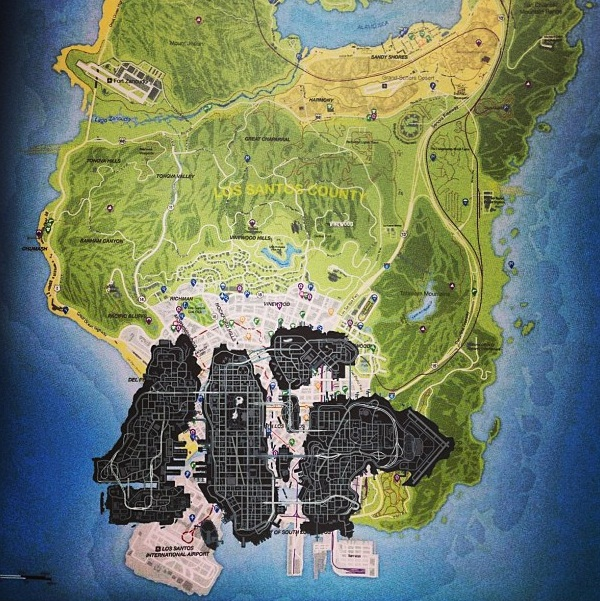 In black, the previous GTA IV map superimposed on the map of Los Santos the latest installment.