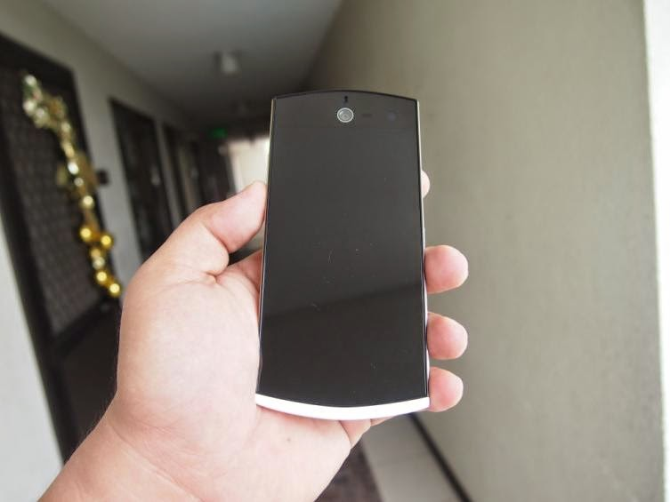 Cherry Mobile Selfie Unboxing and Hands-on