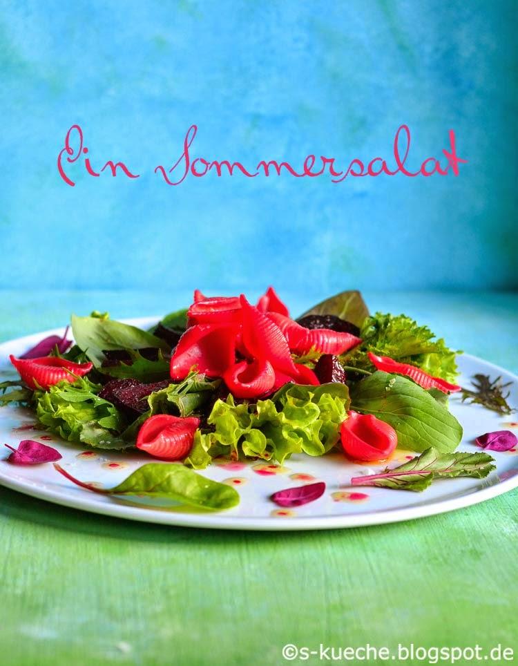 Asiablattsalat mit Pasta und Rote Bete