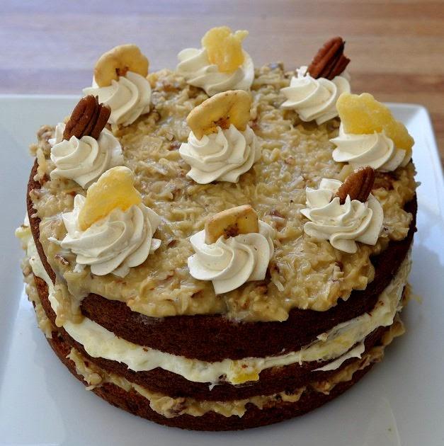 Beki cook 39 s cake blog a monkey walks into a bar - Banana cake decoration ...
