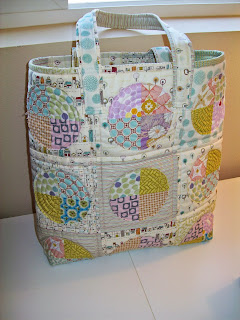 http://coolerquilts.blogspot.com/search/label/Tote