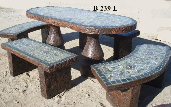 Mesas y bancas lucero mesas de cemento para jardin for Mesa de jardin de piedra