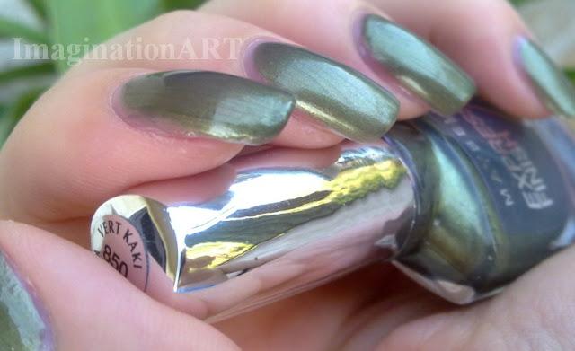 Maybelline_smalto_nail_polish_laquer_New_York_850_Vert_Kaki