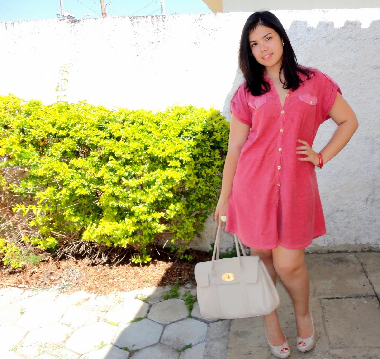 http://1.bp.blogspot.com/-KymG5pRlC5U/TmV9bzfP42I/AAAAAAAACck/uxr23LaRSRE/s1600/moda+look+vestido+farm+peeptoe+schutz+bolsa+mulberry+2.jpg