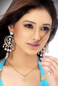 Leena Jumani as Ira in Chhoti Si Zindagi