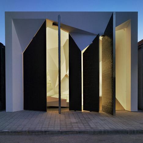 HINGED DOORS DESIGN BY CLAVEL MAUSOLEUM ARCHITECTS & Houses Design: HINGED DOORS DESIGN BY CLAVEL MAUSOLEUM ARCHITECTS Pezcame.Com