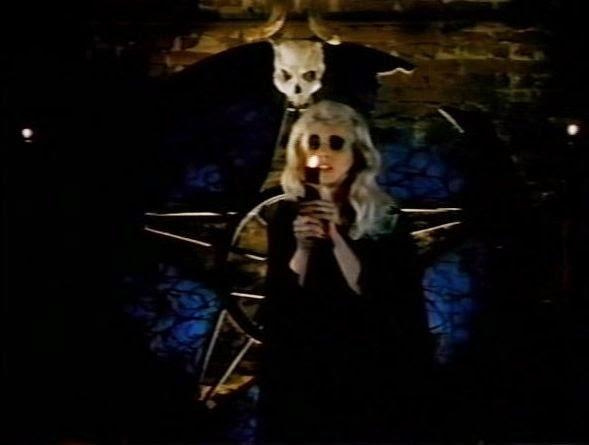 Critical Outcast: Movie Review: Necropolis (1987)