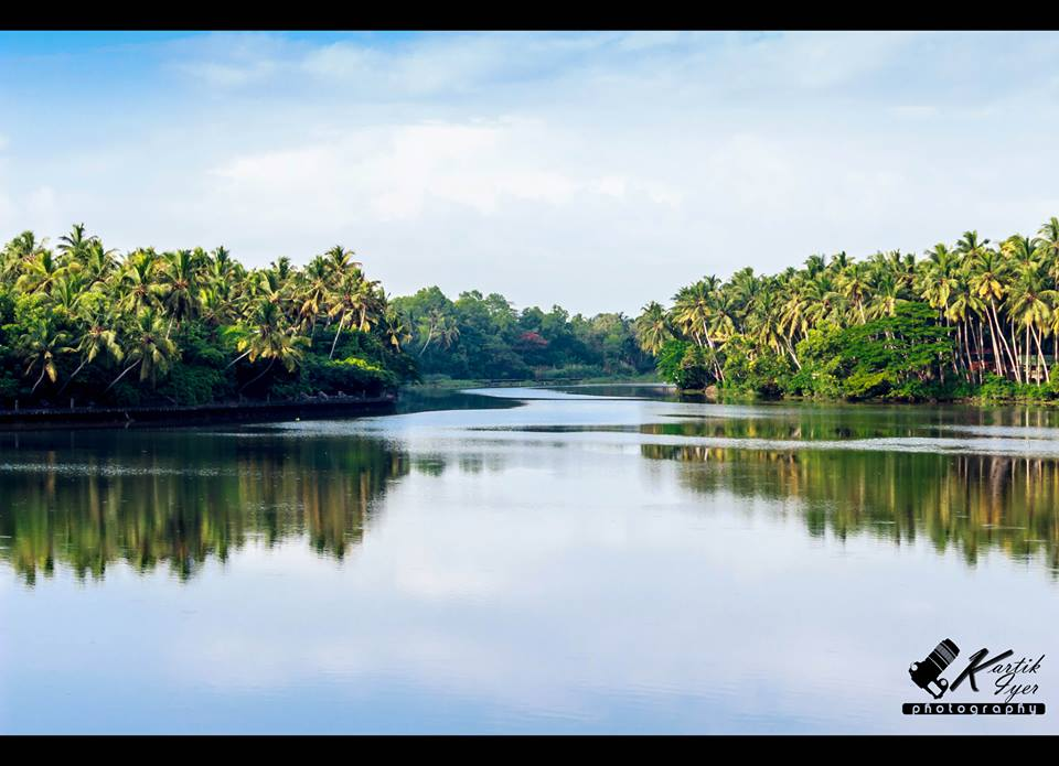 Backwaters @ Kerala , India    Photo :: Kartik Iyer