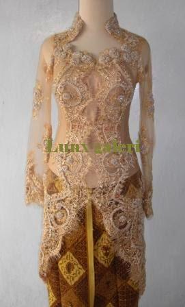 Foto Baju Batik Pengantin