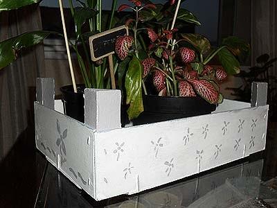 A la b squeda de cosas bonitas decorando una caja de - Como hacer una caja de madera paso a paso ...