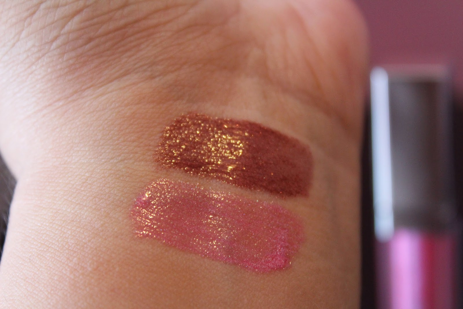 Light Up Lip Gloss By Artistry Review Photos Swatches Pretty Makeup Place