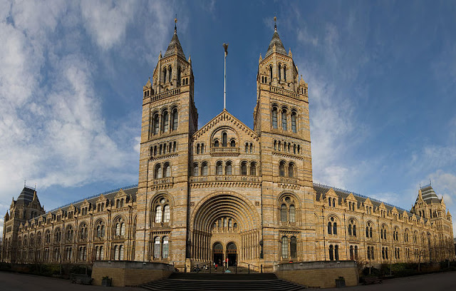 Natural History Museum - London 2012, UK | Travel London Guide
