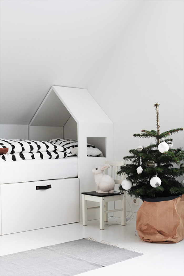 Chrismas mood in home of photographer and stylist Elisabeth Heier