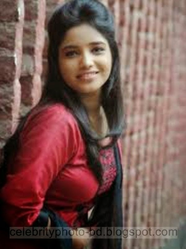 Bangladeshi+Beautiful+Call+Model+Girl's+New+Pictures+And+Photoshoot002
