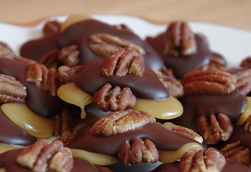 Foodalution: A sea of Chocolate Pecan Caramel Turtles