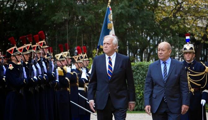 http://www.defensa.cl/destacados/ministro-de-defensa-se-reune-en-paris-con-su-par-de-francia/