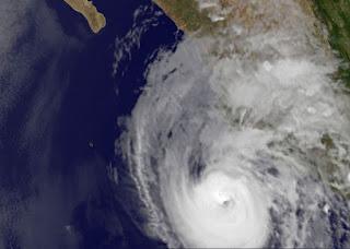Hurrikan BUD bleibt nahe Kategorie 3, Bud, aktuell, Mai, 2012, Hurrikansaison 2012, Pazifische Hurrikansaison, Nordost-Pazifik, Satellitenbild Satellitenbilder, Mexiko, Jalisco, Puerto Vallarta, Colima, Manzanillo,