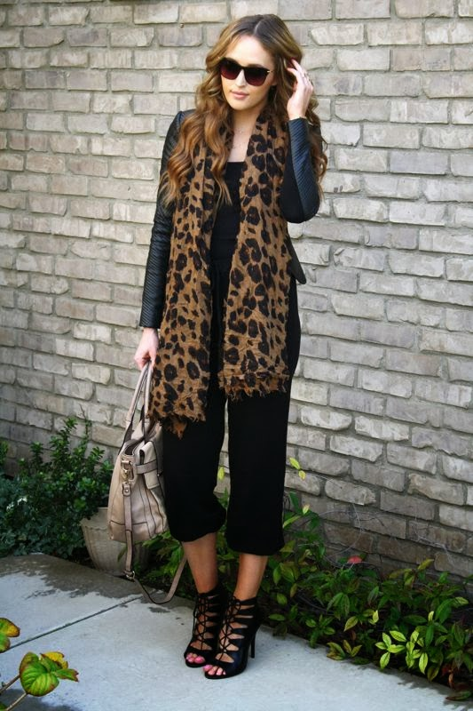 All Black-LYSA pants-Lulus.com shoes-Golden Divine Blog- BCBG Jaggar Jacket-LA personal style blogger