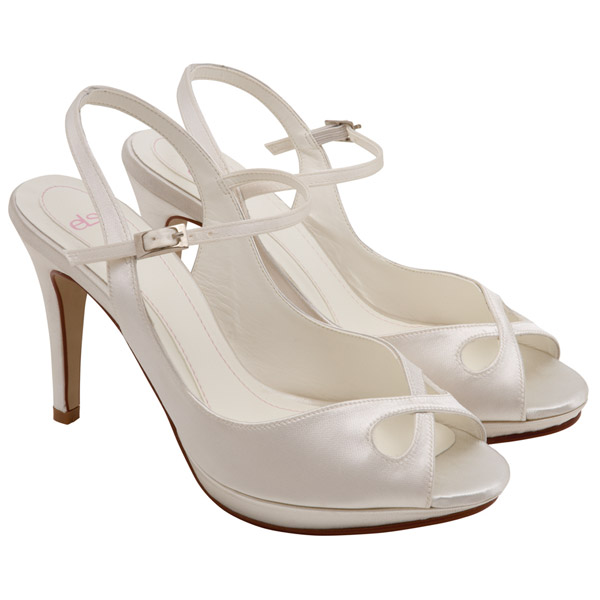 really cute white shoes white wedding shoes marriage