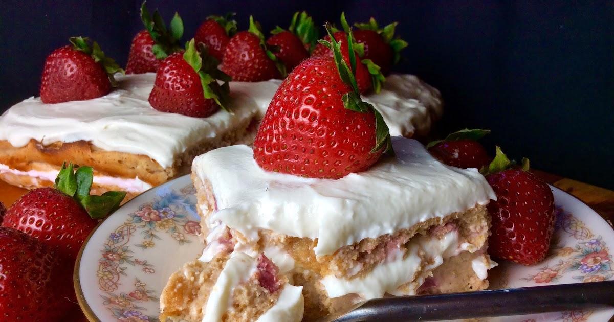 Strawberry Cream Cheese Scoop Cake Calories