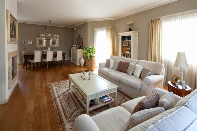 Soggiorno Con Parquet Scuro : Idee pittura soggiorno mobili alta moda ...
