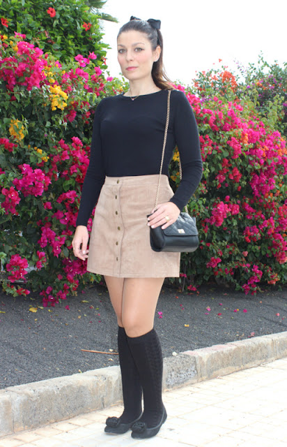 Brown_Suede_Skirt_The_Pink_Graff_01