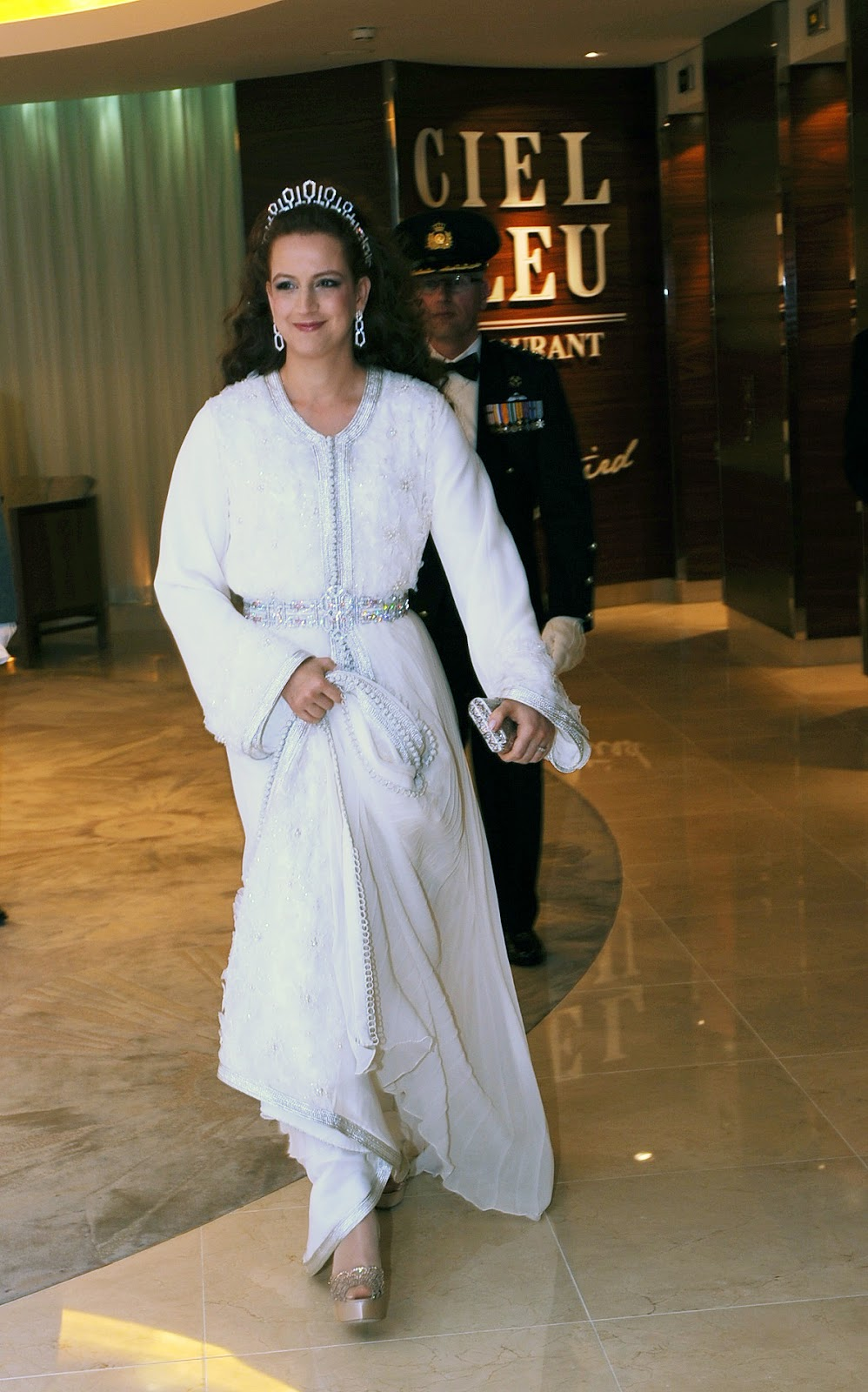 In her abayas : Morrocan royal family the classiest of all : Lalla ...lalla salma
