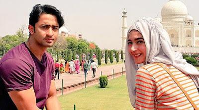Hijab Najwa Cinta Di langit Taj Mahal