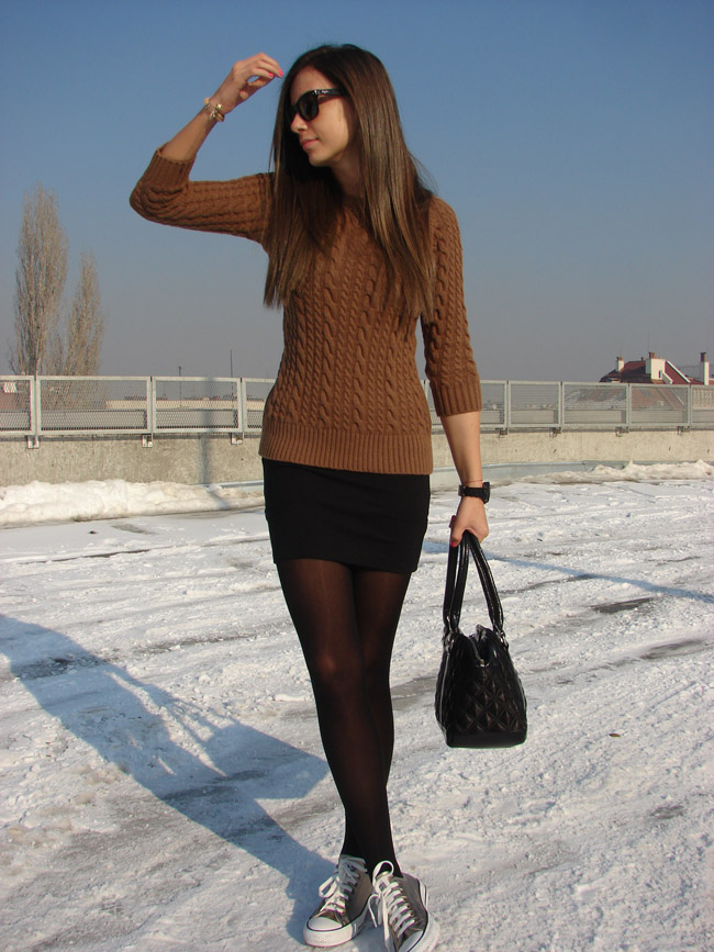 maya madanska from iheartmaya fashion blog wearing zara camel brown cable knit sweater, pull and bear black body con skirt, converse gold all star chuck taylor sneakers trainers, trendy sweaters for winter 2012 bloggers, how to wear bodycon skirts