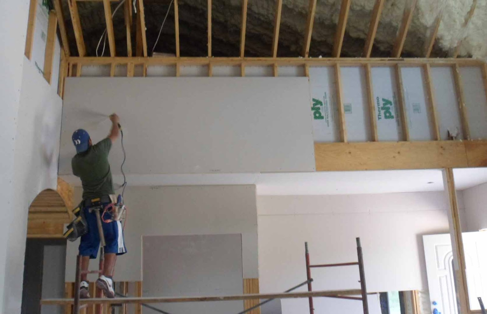 Rocky hollow home hanging drywall for What is the best way to hang pictures on drywall