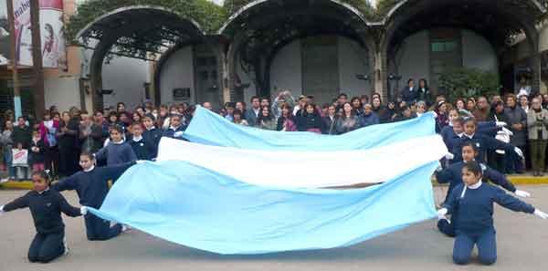 libertador bicentenario de nuestra bandera