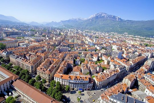 ... but after spending 4 days in Grenoble last week I'm putting it near the ...