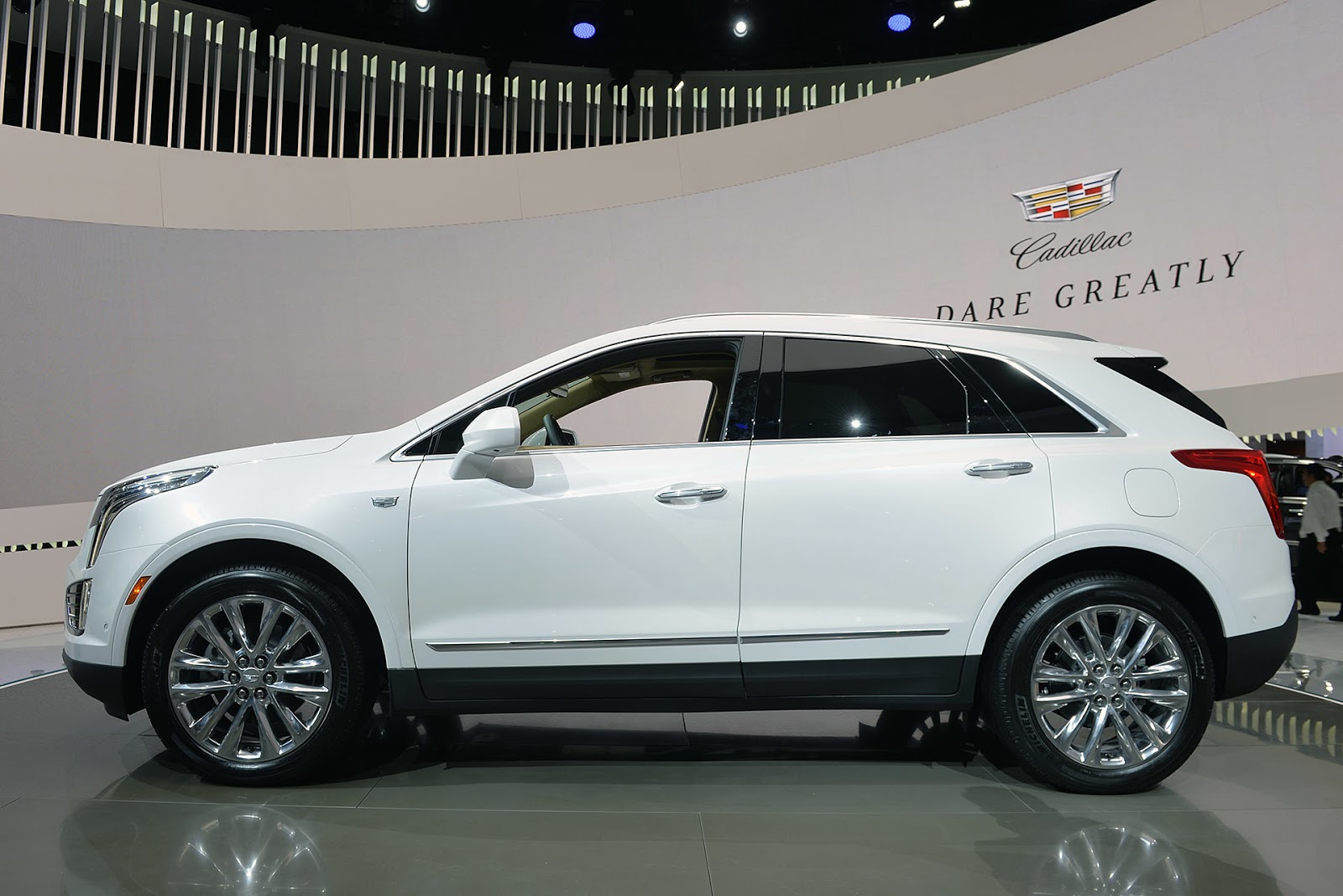 automotiveblogz cadillac xt5 la 2015