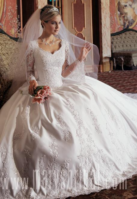 Luxury long sleeves wedding dresses for Most beautiful long sleeve wedding dresses