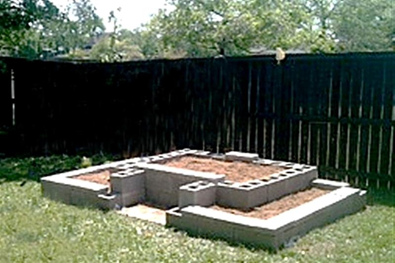 Concrete Block Raised Bed With Pvc Trellis | Creative Gardens