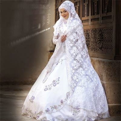 Hijab chic - Robe de mariee avec hijab ~ Hijab et voile mode style ...