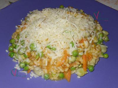 Risotto de habas, guisantes y zanahoria.