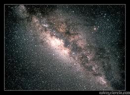 ... cuales son astros que tienen luz propia y a cuyo alrededor giran los