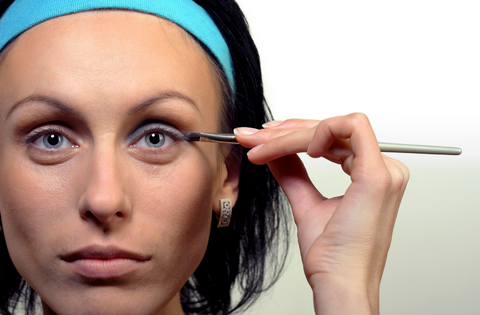 Model  Of Dark Circles Under Your Eyes  How To Get Rid Of Undereye Circles