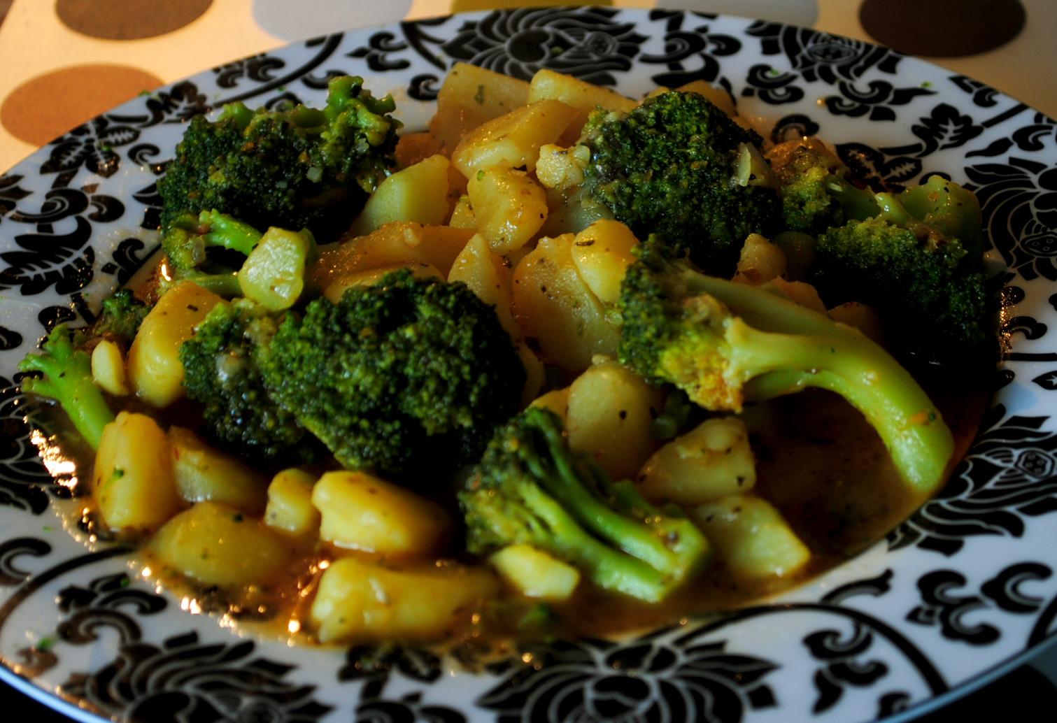 feechens vegetarische und glutenfreie k che leichte kartoffel brokkoli pfanne. Black Bedroom Furniture Sets. Home Design Ideas