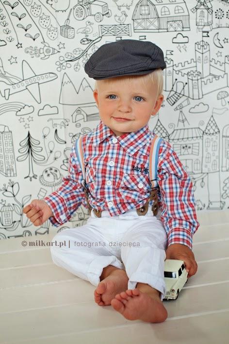 sesje fotograficzne niemowląt, fotografia niemowlęca, zdjęcia niemowlaków, sesje zdjęciowe dzieci, sesje na chrzciny