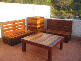Hogar y jardin como hacer muebles caseros y reciclar palets - Como hacer muebles de jardin con palets ...