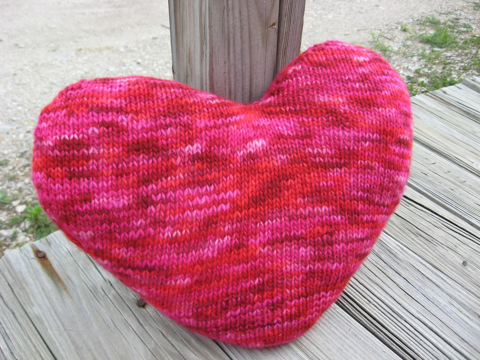 Knitting Pattern Heart Cushion : Klose Knit