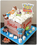 BIRTHDAY CAKE : with Figurines