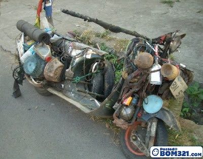 Motosikal Yang Mengarut